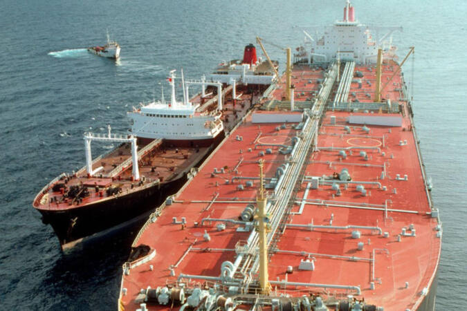 oil imports from ship to ship